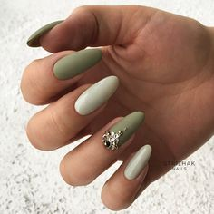 18 Acrylic Nails Ideas that You Can't Pass by ★ Almond Shape Acrylic Nails for Casual Look Picture 5 ★ See more: http://glaminati.com/acrylic-nails/ #acrylicnails #nailsdesigns