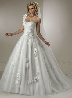 Tulle Fashion Floral One Shoulder With Sweetheart Neckline And Rouched Bodice In Ball Gown Skirt 2012 Scattered Flowers White Wedding Dresses