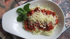 Spaghetti, Beef, Treats, Ethnic Recipes, Food, Meat, Sweet Like Candy, Goodies, Essen