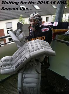https://www.facebook.com/HookedOnHockey/photos/a.211505985625646.42136.143365782439667/777187519057487/?type=3
