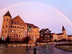 "From our friends at Kansas  @kansasstateuniversity - A perfect #CaptureKState of Fairchild and Anderson Halls framed by a gorgeous January rainbow. Thanks to Adassa Roe for sharing the photo with us.""}}]} ""static_root"": ""//instagramstatic-a.akamaihd.net/h1 #goviewyou"