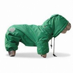 Gorgeous raincoat in wet weather  Machine washable, easy to care for and clean