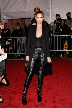 """Erin Wasson Photo - """"The Model As Muse: Embodying Fashion"""" Costume Institute Gala - Arrivals"""