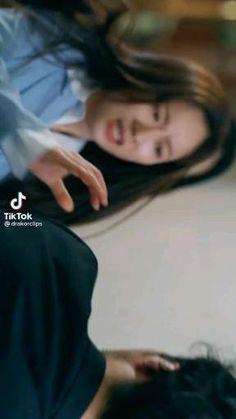 Korean Drama Songs, Korean Drama Funny, Korean Drama Best, Song Joong Ki Cute, Cute Disney Characters, Song Joon Ki, Park Seo Joon, Kpop Girl Bands, Handsome Korean Actors