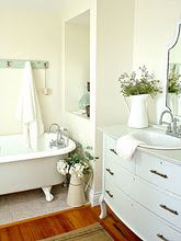 guest farmhouse bathroom