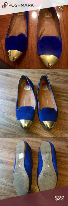 DV dolce vita flats DV flats blue swede With gold capped flats. In used condition but still have lots of life left in them. DV by Dolce Vita Shoes Flats & Loafers