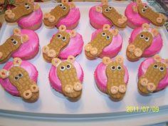 pink hippo cupcakes... such a cute idea!