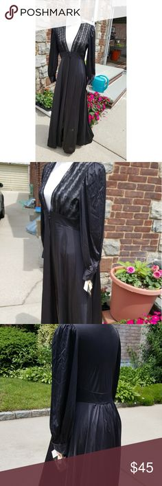 Vintage Lily if France dressing  lounging robe S-M This piece takes my breath away and has the original tags has never been worn. It is approximately 54 inches long, 14 inches shoulder to shoulder and 17 inches under the arms.  Breathtaking. Vintage Intimates & Sleepwear