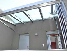 Renowned for its innovative approach and its elegant products, Salinox creates whatever is needed for a projects that involves aluminum and glass. Skylights, Crystals, Glass, Outdoor Decor, Home Decor, Decoration Home, Drinkware, Room Decor, Side Return