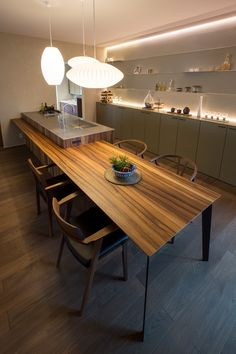 Kitchen Room Design, Home Room Design, Modern Kitchen Design, Kitchen Decor, Kitchen Island Dining Table, Narrow Kitchen Island, Sweet Home, Small Kitchen Layouts, Modern Kitchen Interiors