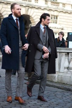 The best street style photographs, strongest looks and most stylish men at the London Collections: Men shows for autumn/winter 2015 Gentleman Mode, Gentleman Style, Dapper Gentleman, Look Formal, Men Formal, Sharp Dressed Man, Well Dressed Men, David Gandy Style, Winter Typ