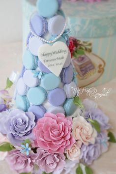 050//マカロンカラー:ドレスのお色に合わせた、パープル×ブルー×白に近いパープル、ガーランド:一緒にオーダーいただいたブーケとお揃いのお花