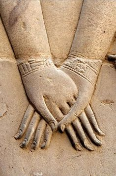 The Gifts Of Life. Hathor Holding Nefertari's Hand. Symbolizes the union of the upper Egypt and Lower Egypt