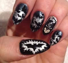 I am presenting before you 15 Halloween bat nails art designs & ideas of 2016 that you will love to apply, don't settle for big salons, try these nail art designs, they are so simple and yet so easy to be done by your own self. Batman Nail Art, Superhero Nails, Fancy Nails, Cute Nails, Pretty Nails, Dark Knight, Nail Polish Designs, Nail Art Designs, Nailart