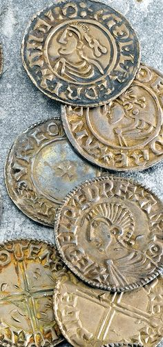A Noble Stone Gathers No Moss - Far from a static system, Anglo-Saxon personal names reflected societal changes. European History, British History, English Monarchs, Old Jewelry, Jewellery, Coin Design, Coin Worth, Medieval Life, Sacred Symbols
