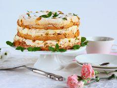 Tässä yksi todella herkullinen ja helppotekoinen idea tulevaan juhlakauteen. Voi kuinka ihana Britakakku tämä onkaan! Mangon ja passionhedelmä… Sweet Bakery, Sweet Pastries, Yams, Sweet Life, Healthy Baking, Vanilla Cake, Baking Recipes, Mango, Deserts