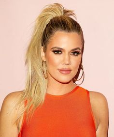 This is everything that Khloe Kardashian keeps on her bedside table
