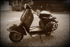 Anything classic or retro for scooters, I'm so all over that. I've found a new love.