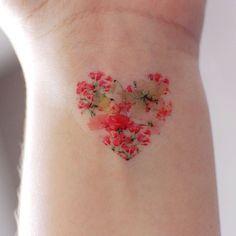 FLORAL HEART-Tätowierung von twolamegirls auf Etsy https://www.etsy.com/de/listing/211925690/floral-heart-tatowierung
