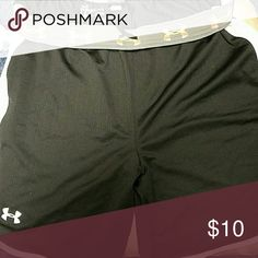 Shorts Only worn once loose fit baller type Under Armour Shorts