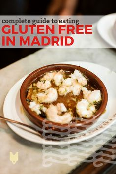 If you have to eat gluten free in Madrid, we've got great news for you! The city is full of delicious options. From fully gluten-free restaurants and bakeries to those with a special celiac menu, you won't leave Madrid hungry. Gluten Free Recipes, Vegetarian Recipes, Pea And Ham Soup, Gluten Free Restaurants, Foodie Travel, Street Food, Spain Madrid, Madrid Tapas, Bakeries