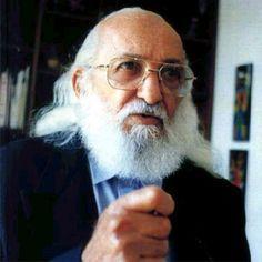 5 frases de Paulo Freire que farão você refletir sobre o dilema de educar