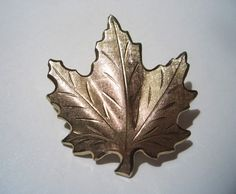 Vintage Maple Leaf Pin ~ Mabel loves long walks in the forest. moddities, $4.00