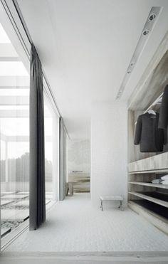 Closet/Bedroom