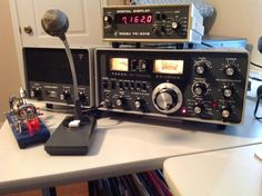 Yaesu Ft-101EE Vintage Amateur Radio in service at Amateur Radio Station WW5XX (circa 1976)