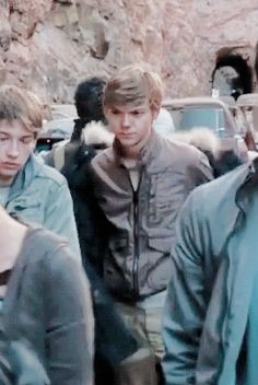 Thomas Sangster - A real life model :) and Dylan O´Brien gif