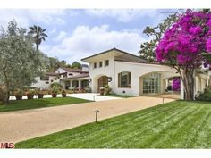 Bruce Willis Lists Beverly Hills Home for $22 Million | Zillow Blog #celebrityhomes #celebrityrealestate