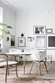 17 Minimalist Home Decor Ideas For a Clutter Free House - Jeddi Actually Are you looking for unique and beautiful art photos or poster prints (not the ones featured in this pin) to create your gallery walls? Visit bx3foto.etsy.com and follow us on Instagram @bx3foto #decor #decorate #interiordesign #gallerywall #artwall #photowall #photoprints #artphotos #finephotography #fineprints #posters #photosale #etsy #etsysale #etsyphotos #bx3foto