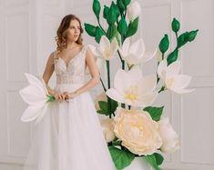 Giant foam flowers- box with flowers - wedding decor - foam rose Giant Paper Flowers, Large Flowers, Beauty Salon Decor, Anemone Flower, Foam Roses, October Wedding, Bridesmaid Dresses, Wedding Dresses, Flower Boxes