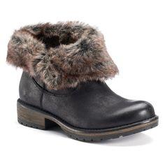 Candies fur boots! Super comfy excellent condition Shoes Ankle Boots & Booties