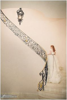 Bridals on a staircase Photo by Jonathan Ivy Photography Venue is Chateau Cocomar #bridalphotos