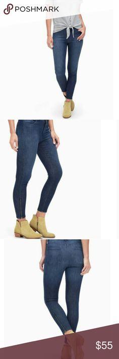 "Splendid skinny jeans Size 29 Ankle length inseam zipper detail Mid-rise waist  Four pockets Denim-like woven Slight stretch 99% cotton, 1% elastane Inseam: 25"" Rise: 10"" New with tags Splendid Pants Skinny"