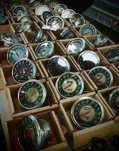 Vintage HD Motorcycle Tachometers & Speedometers!