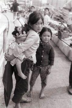 photo of village children in Nha Trang, Vietnam, early 1969.