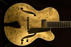 Benedetto Bravo - Gold Leaf guitar