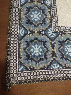 Cross Stitch Tree, Bohemian Rug, Embroidery, Rugs, Stitching, Crafts, Decor, Farmhouse Rugs, Cross Stitch