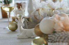 Golden Christmas / Christmas table / Decorations