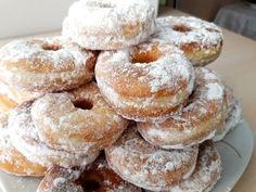 YouTube Beignets, Bagel, Doughnut, Frugal, Vegan Recipes, Deserts, Bread, Youtube, Wafer Cookies