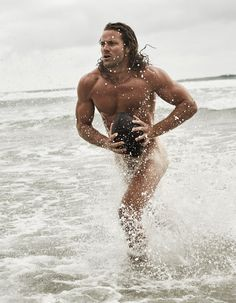 ESPN has released its annual body issue for the seventh year running, giving us yet another glimpse of the world's top athletes in the buff. It is truly amazing what hard work and discipline can