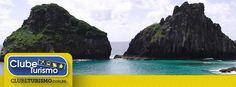 Formato 1200x444pxl - Anúncios Curtida na Página - Sugestão de texto - Curta a Clube Turismo e receba as MELHORES OFERTAS para curtir Fernando de Noronha!