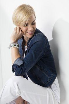 Adding a pop of colour: the denim jacket finishes off the white on white trend. Color Pop, Colour, Comfy Casual, Shoe Shop, Fashion Online, Fashion Accessories, Plus Size, Clothes For Women, Denim