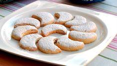 Adı Edirne ile özdeşleşmiş Kavala Kurabiyesi, Bademli Kurabiye ya da Edirne Kurabiyesi olarak da anılan bir un kurabiyesidir. Yunanistan'ın Kavala şehrinin bu meşhur kurabiyesi, yıllar…