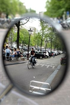 People in Amsterdam own an estimated 881,000 bicycles.