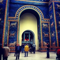 This internationally renowned ancient history museum contains several fantastic artifacts, including the huge Altar of Zeus and the famous Ishtar Gate from Babylon.