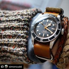 appy Monday! Let's start the week sharing this great picture of the Tudor Black Bay Black  Thank you @simoncudd for this picture! Keep