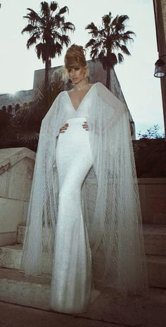 Tal Kahlon 2013 Bridal Collection | #WeddingDress http://www.bellethemagazine.com/2013/12/tal-kahlon-2013-bridal-collection.html